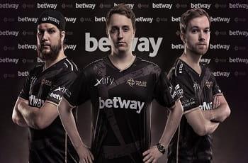 Die Ninjas in Betway Pyjamas