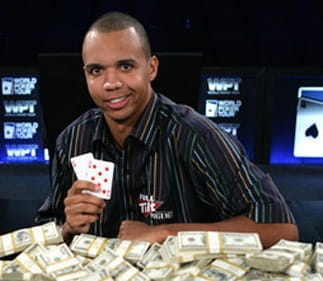 Phil Ivey am Pokertisch