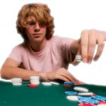 Jugendlicher am Spieltisch