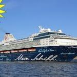 Mein Schiff 2 von TUI Cruises mit Merkur Sonne