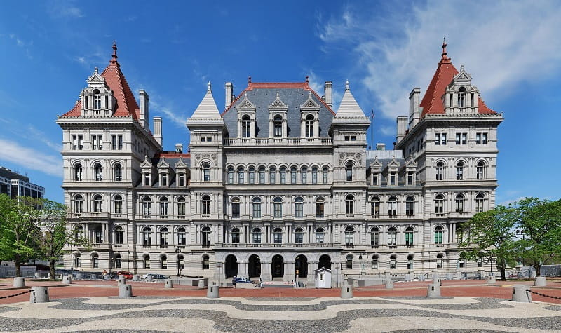 Ein Foto des State Capitols in Albany, New York