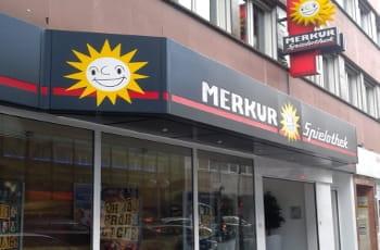 Eine Merkur-Spielothek der Gauselmann Gruppe