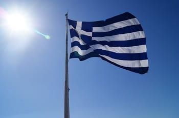 Die griechische Flagge im Wind