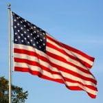 Eine US-Flagge im Wind