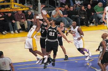 Eine Szene aus der u.s.-amerikanischen Basketballliga NBA.