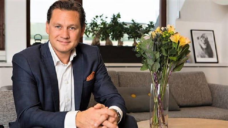 Ein Pressefoto des LeoVegas CEOs Gustaf Hagman.