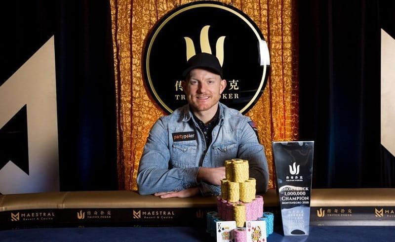 Der Pokerprofi Jason Koon bei den Triton Series.