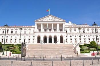 Das portugiesische Parlament in Lissabon.