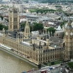 Der Palace of Westminster in London.