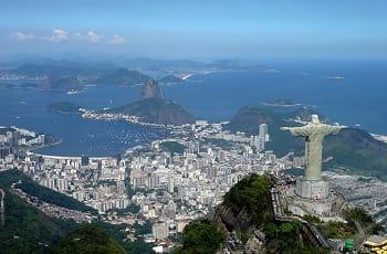 Die weltberühmte Christusstatue über Rio de Janeiro.