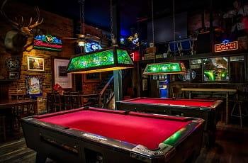 Einblick in einen britischen Pub.