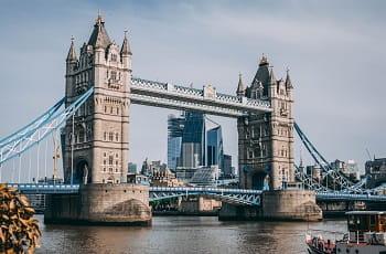 Ein Blick auf die London Tower Bridge.