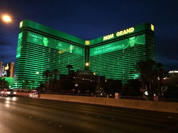 Das MGM Grand auf dem Las Vegas Strip bei Nacht.