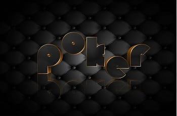 Ein schwarzgoldener Poker-Schriftzug.