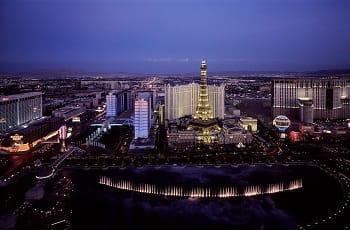 Die Casinos von Las Vegas bei Nacht.