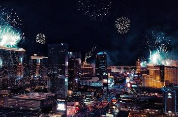 Ein Feuerwerk über der US-Glücksspielmetropole Las Vegas.