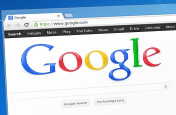 Die Startseite von Google auf einem Desktop.