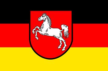 Die Flagge von Niedersachsen.