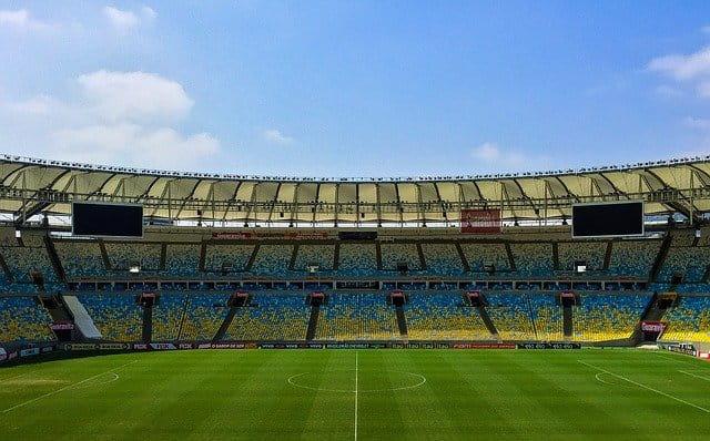 Fußballstadion.