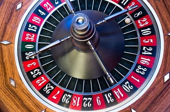 Das Roulette-Rad eines Casinos.