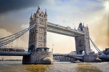 Die berühmte Tower Bridge in London.