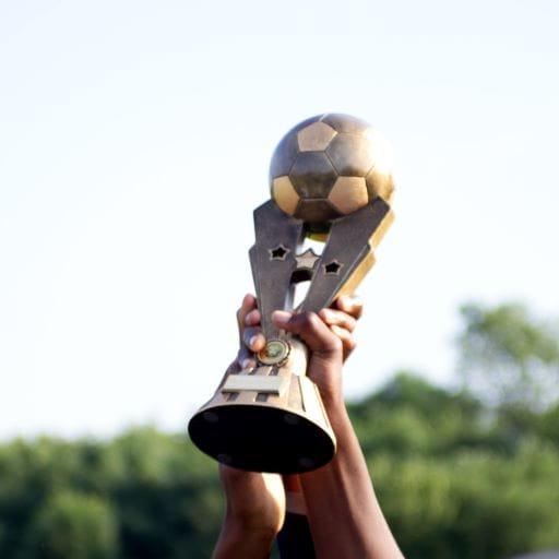 Mit dem Pokal wird der Gewinner des CL-Wettbewerbs gekürt.